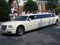 Long Established Limousine Luxury Car Hire Service