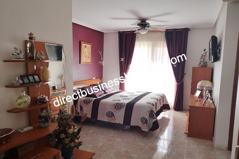 3-bedroom-house-and-commercial-unit-los-montesinos-11