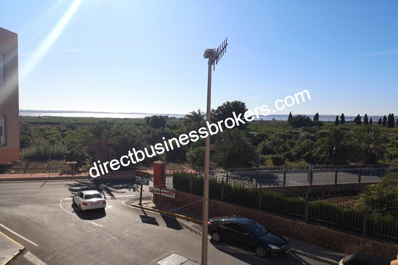 3-bedroom-house-and-commercial-unit-los-montesinos-14