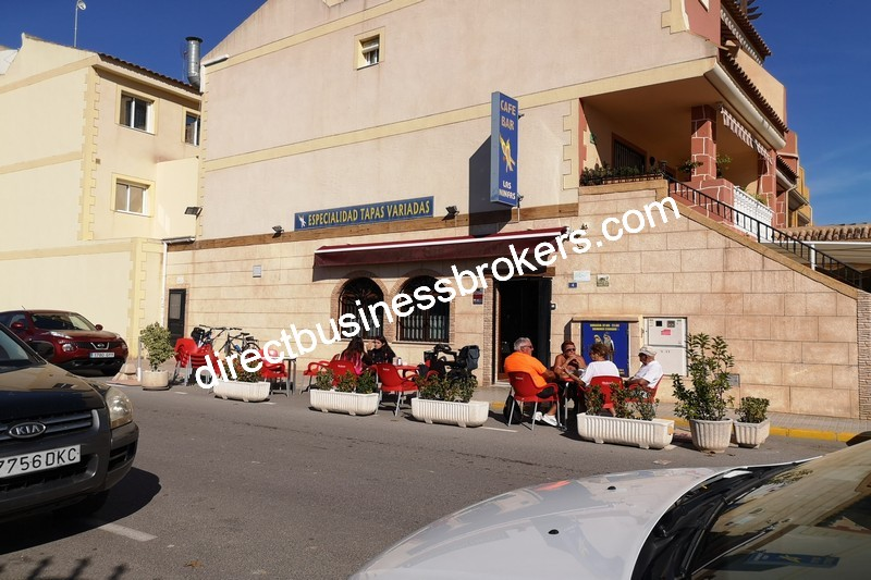 Bar with 3 Bed Townhouse in Busy Village (1241)