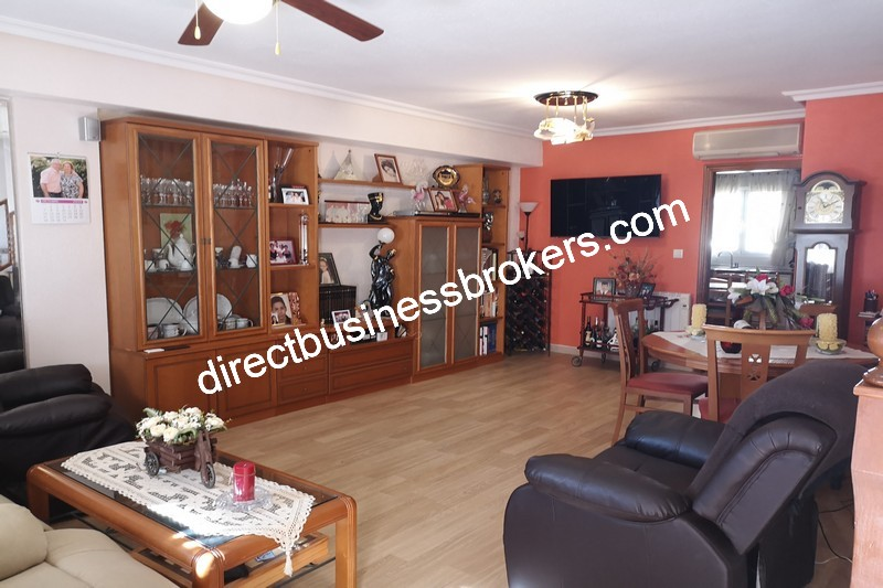 3-bedroom-house-and-commercial-unit-los-montesinos-3