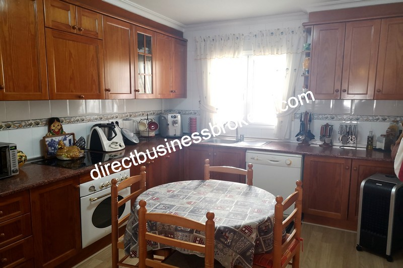 3-bedroom-house-and-commercial-unit-los-montesinos-6