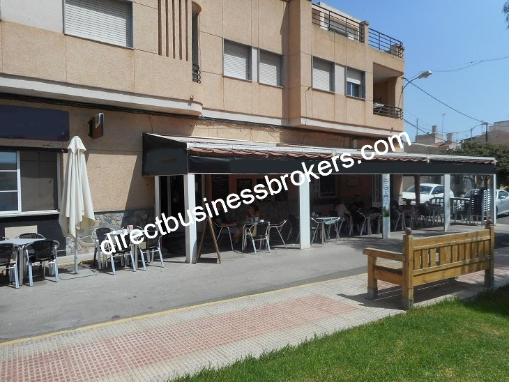 Very Popular Bar Restaurant For Sale (1253)
