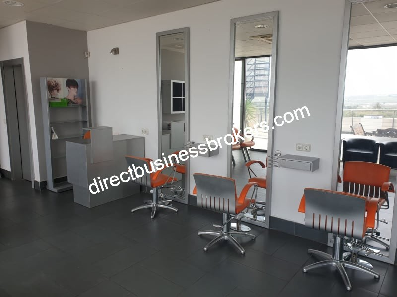 Well Established Hair and Beauty Salon For Sale (1292)