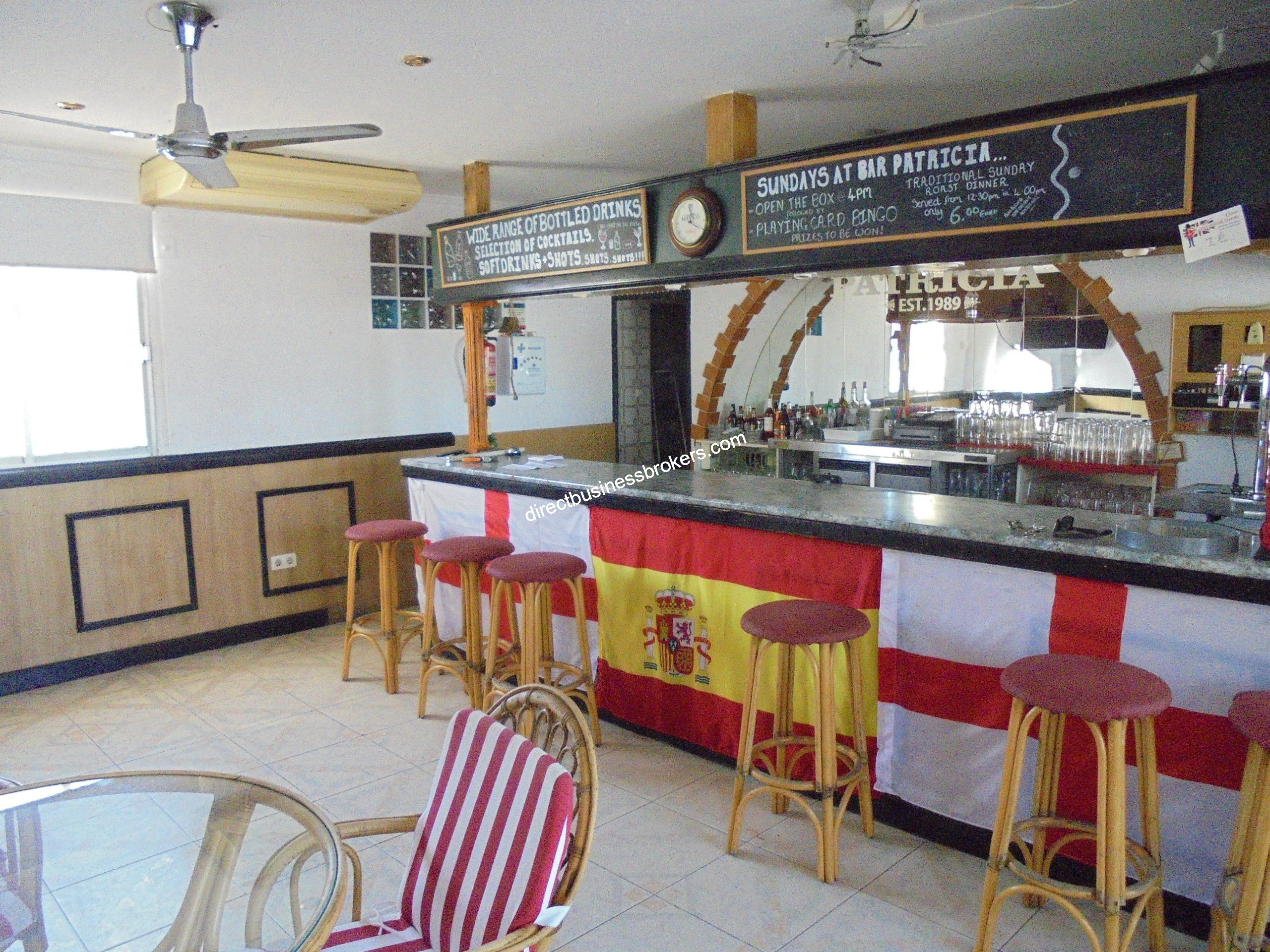 Very Large Fully Fitted Bar / Restaurant (1244)